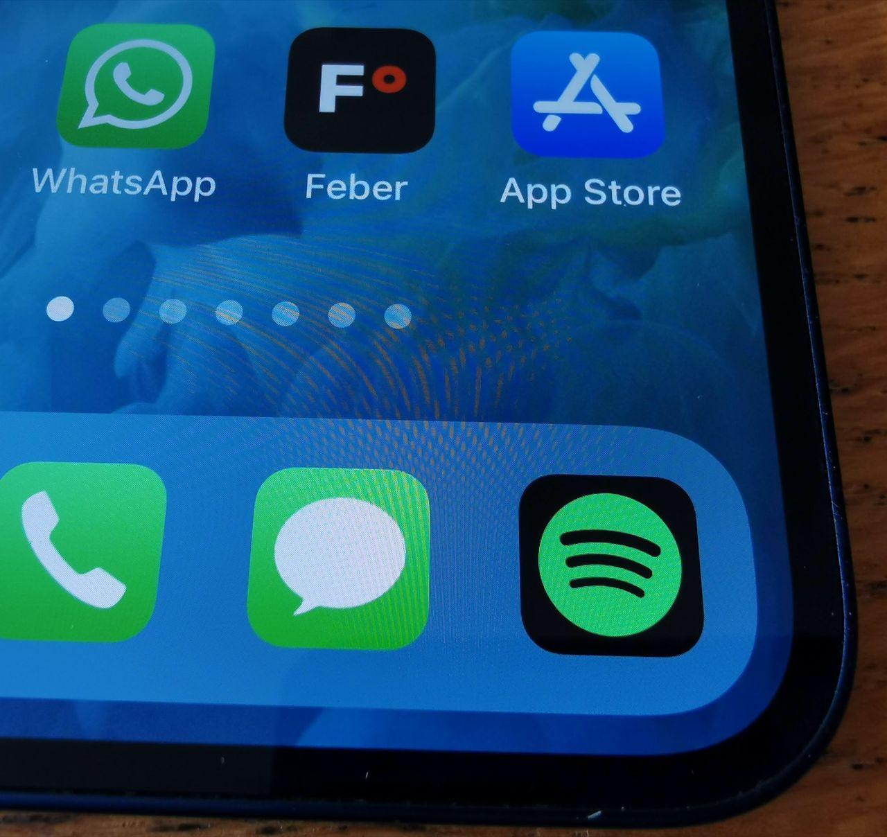 Apple lättar på betalregler för vissa appar i App Store