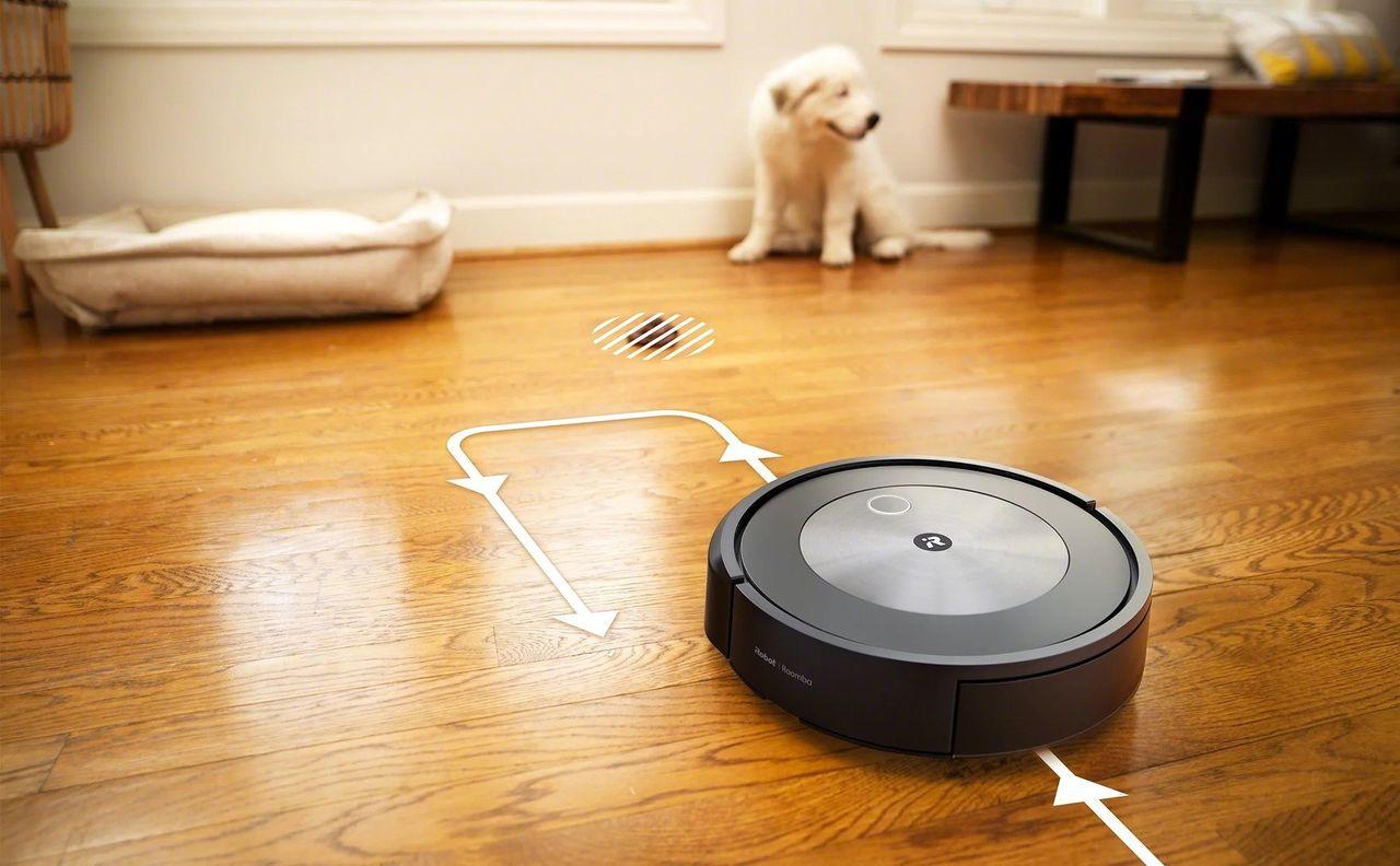 iRobots nya Roomba j7+ kan undvika hundbajs