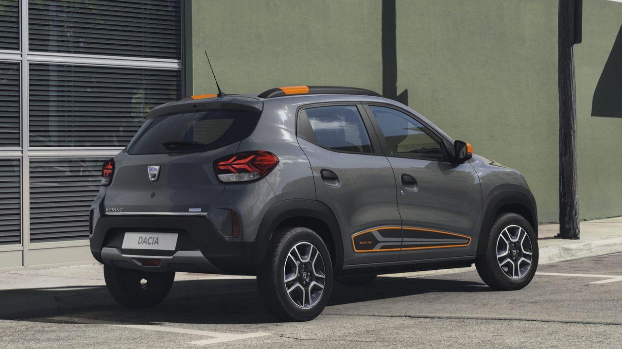 Dacia hoppar på elbilståget när de måste