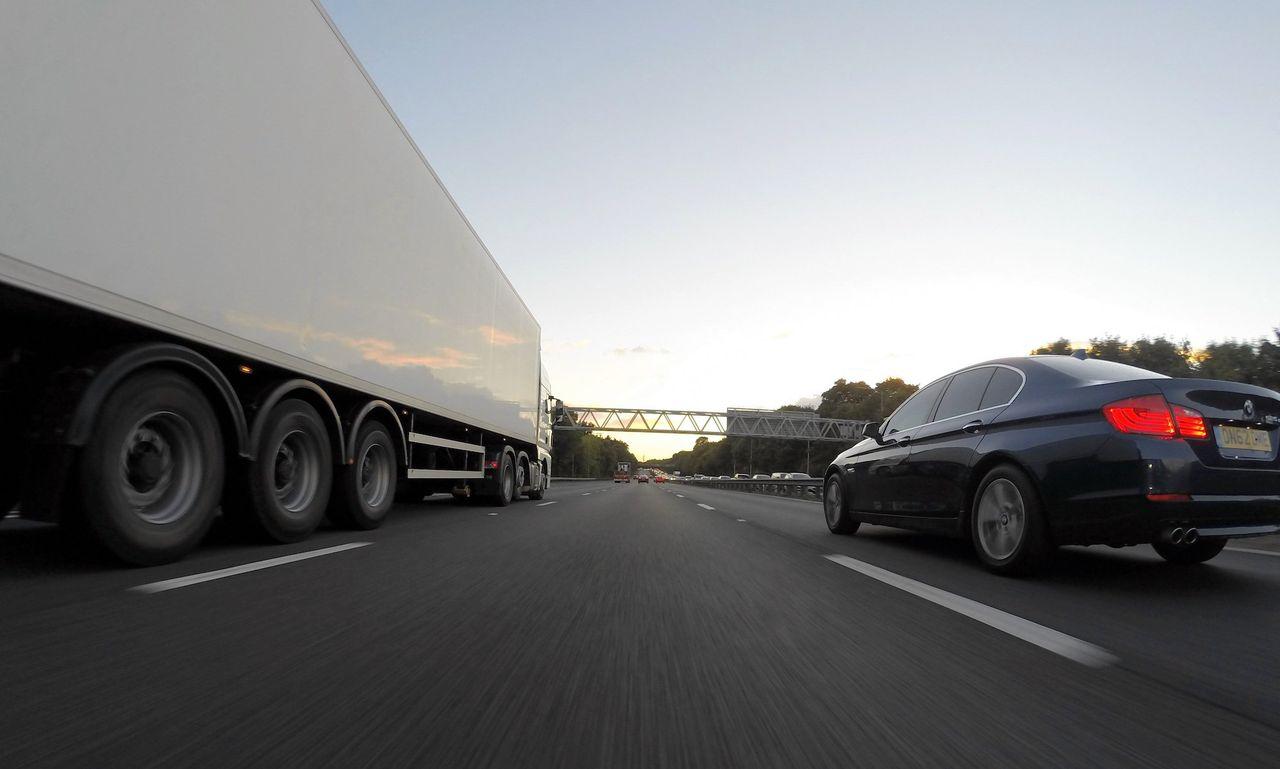 Är det snart slut på fri hastighet på Autobahn?