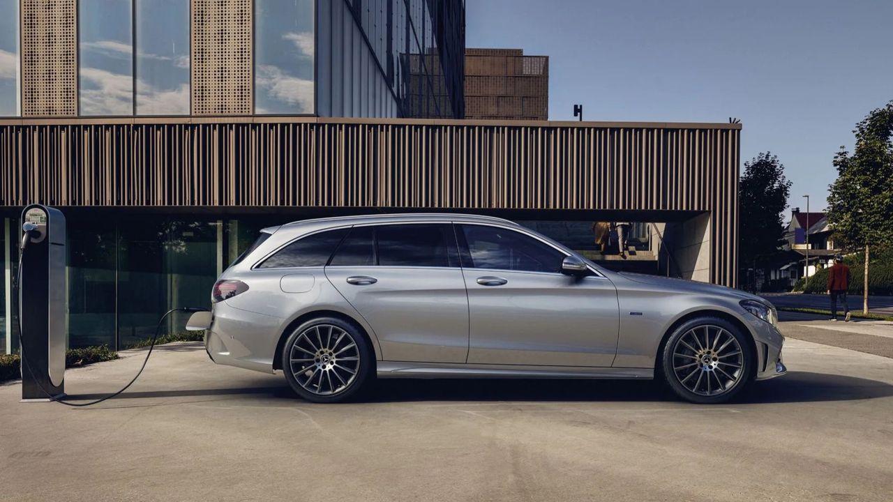 Mercedes slutar utveckla laddhybrider