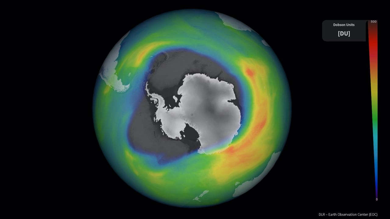 Jättehål i ozonlagret har öppnat upp över Antarktis