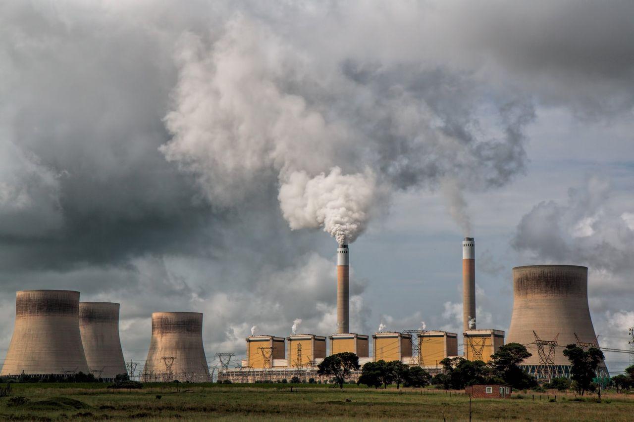 Xi Jinping lovar att sluta investera i kolkraft