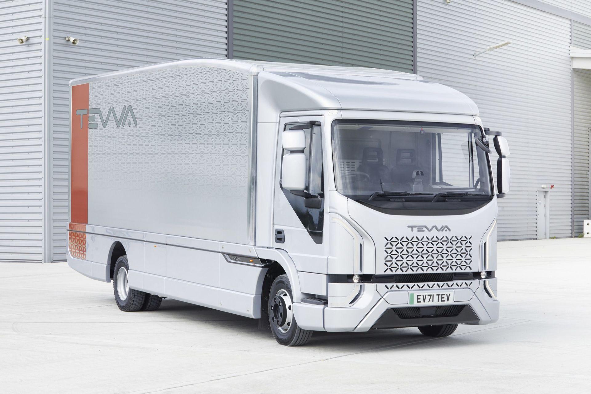 Tevva visar ny eldriven lastbil