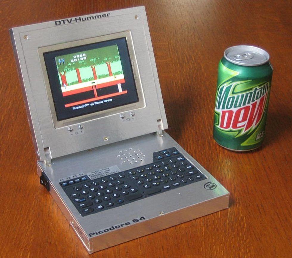 Picodore 64 - en bärbar Commodore 64