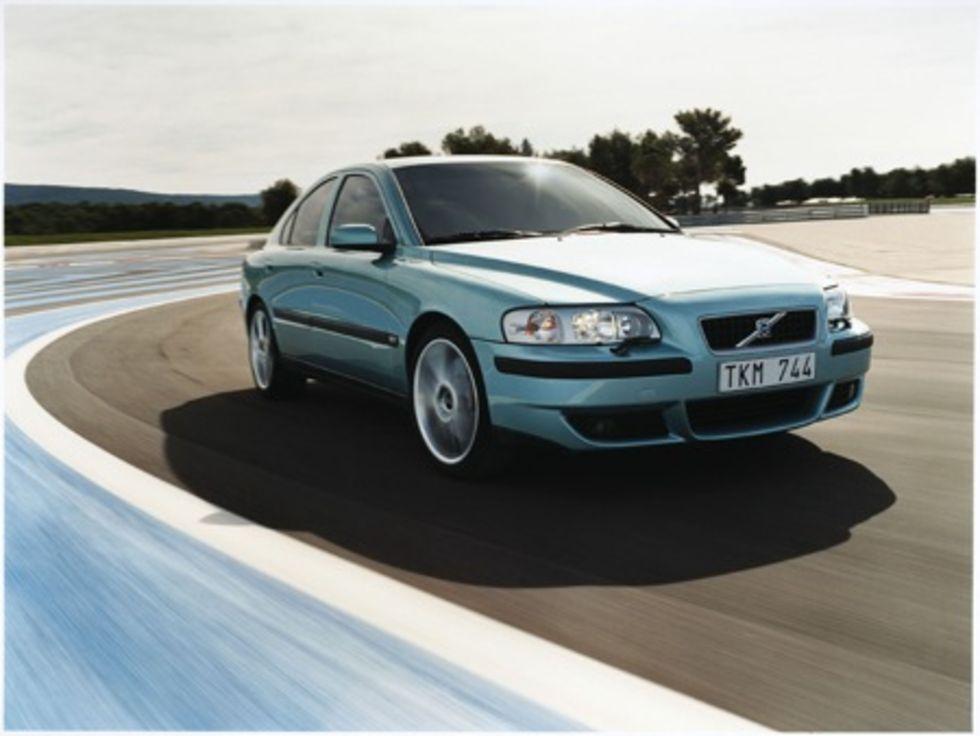 Köp en Volvo, kör på Nûrburgring