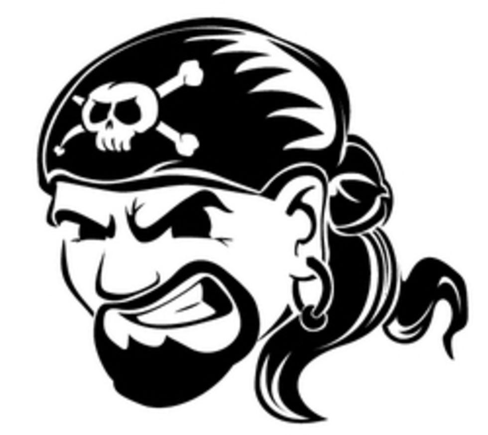 Nya tag mot pirater i England