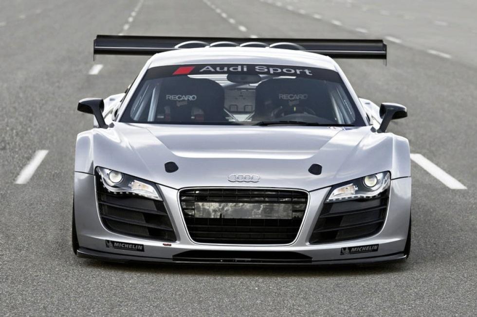 Race-version av Audi R8 blir bakhjulsdriven
